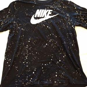 Nike black tee shirt   Men's XL